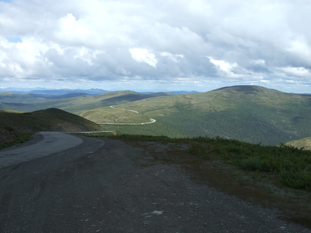 top of the world winding road 640x480