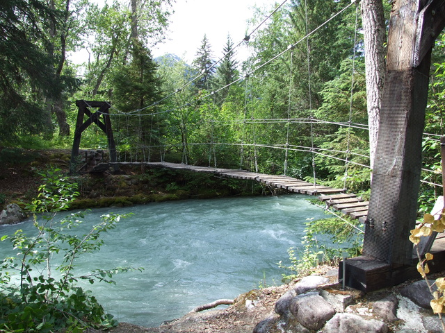chilkoot trail suspension bridge 640x480