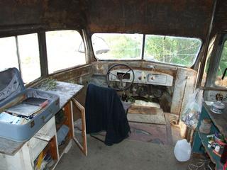 magic bus 142 front 320x240