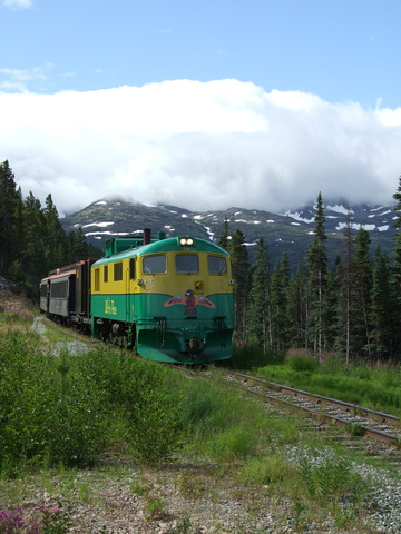 white pass train 360x480