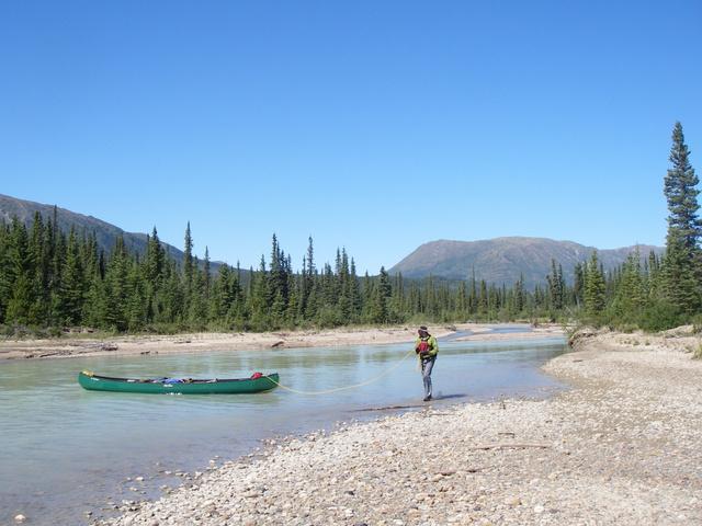 brett lining canoe 640x480