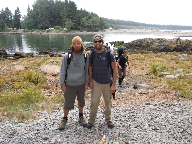 mike dan start west coast trail 640x480