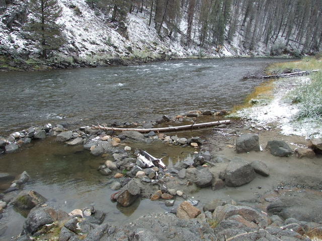 basin creek hot spring 640x480