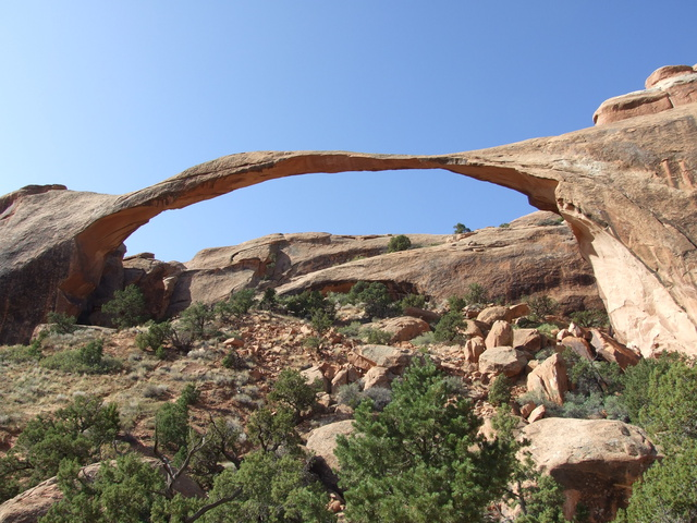 landscape arch 640x480