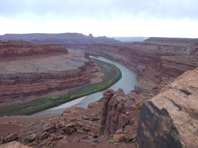 mighty colorado river 640x480