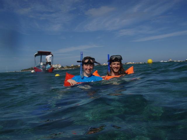 kate dan snorkeling 640x480