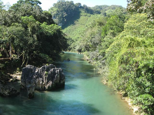 river 640x480