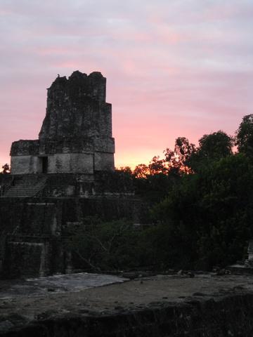 tikal_sunset