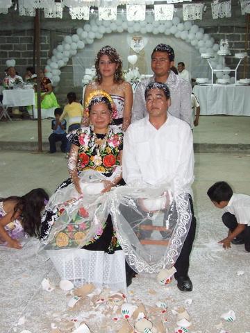 wedding_custom