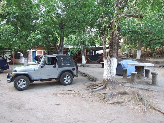 camping_surfers_inn