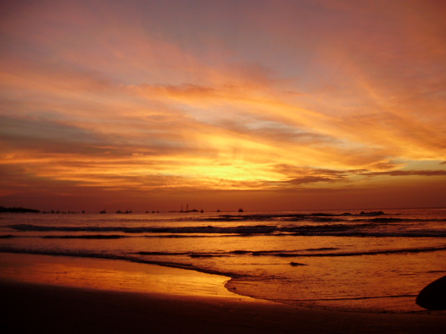 sunset tamarindo