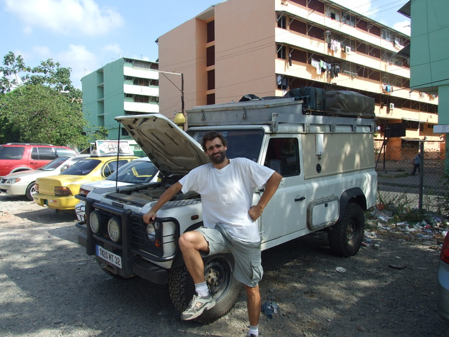 vince_and_land_rover