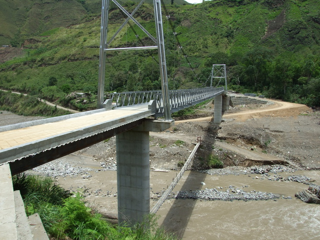 colombian bridge 640x480