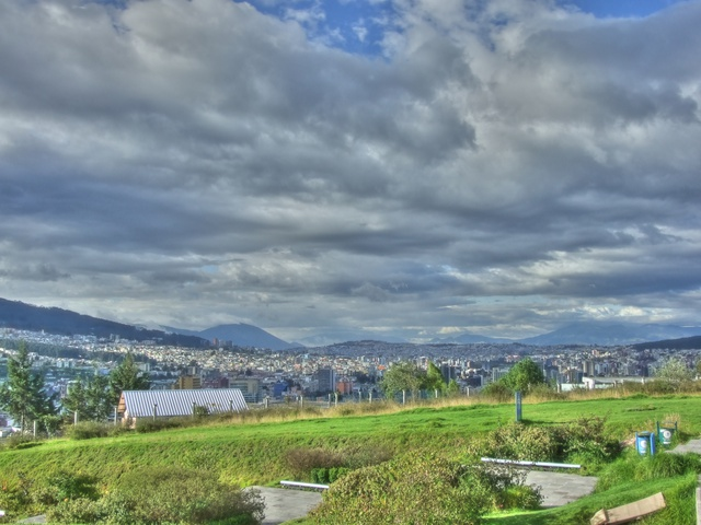 quito city view hdr 640x480