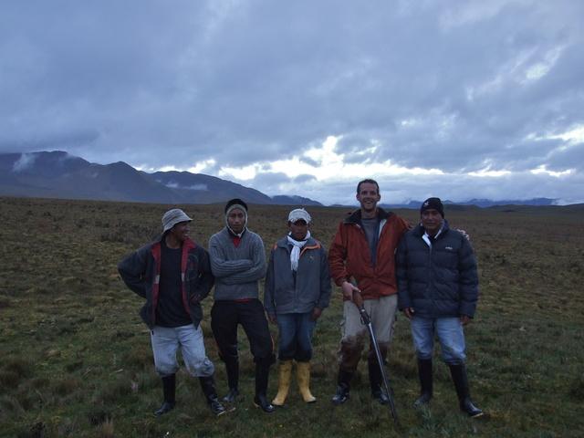 hiking crew 640x480