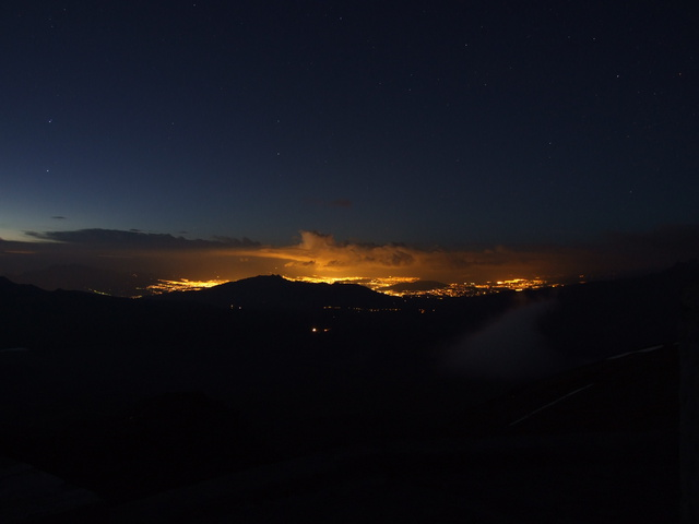 quito by night 640x480