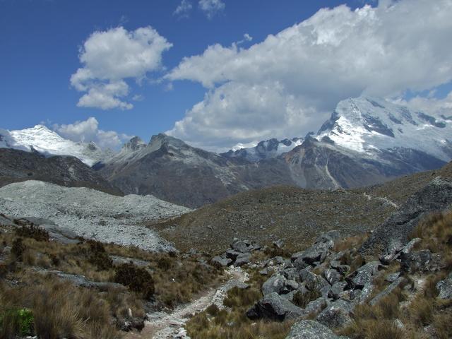 endless mountain views 640x480