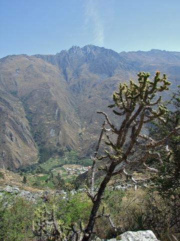 llamac valley 360x480
