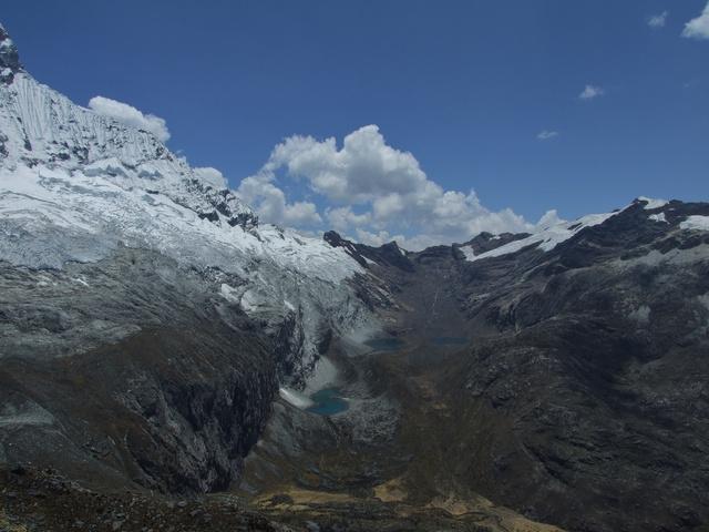mountains everywhere 640x480