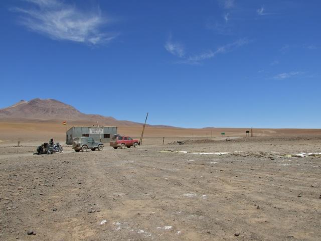 bolivia chile border 640x480