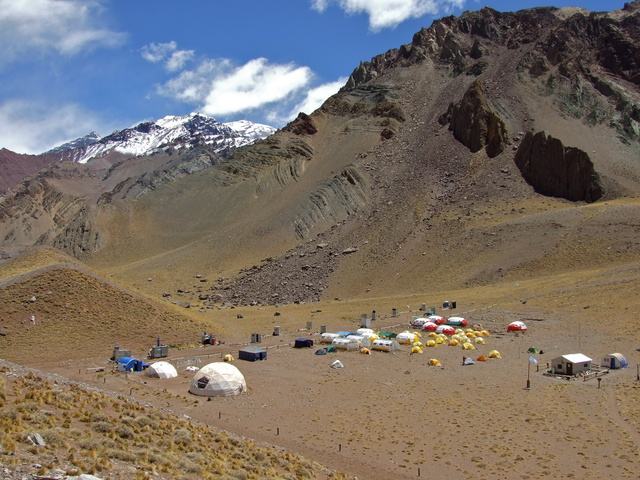 confluencia base camp 640x480
