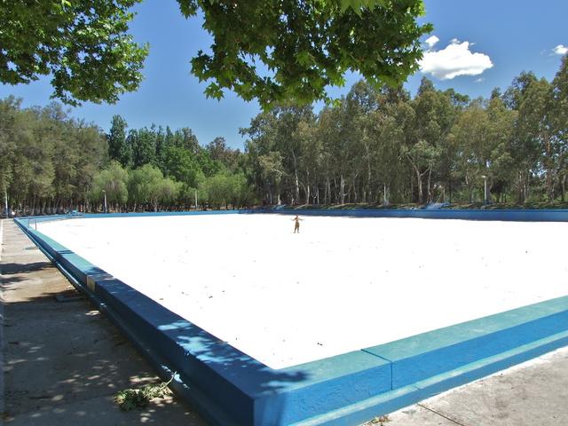 giant pool 640x480