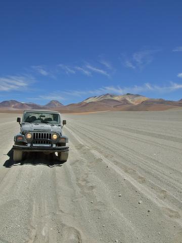 jeep sand road 360x480