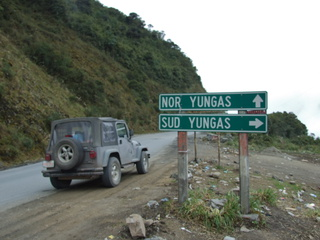south yungas road 320x240