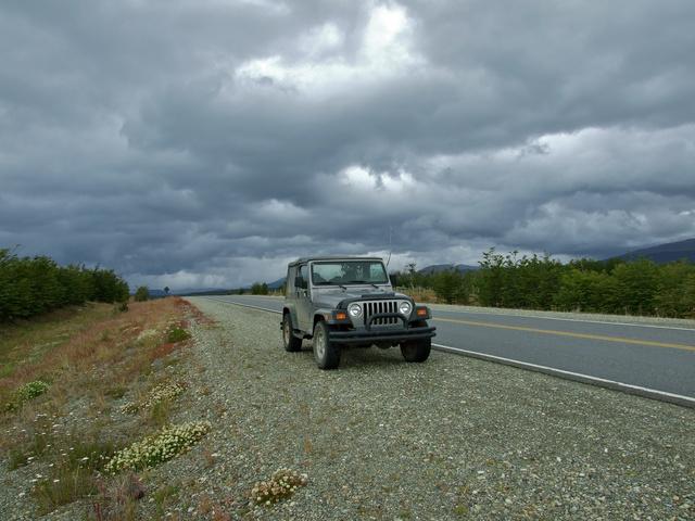 jeep road 640x480