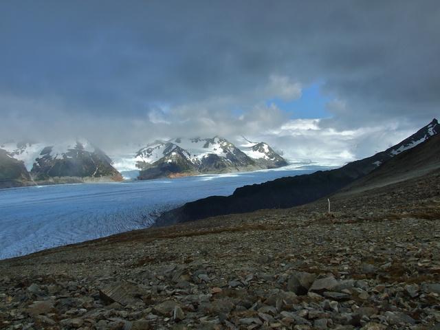 grey glacier 640x480
