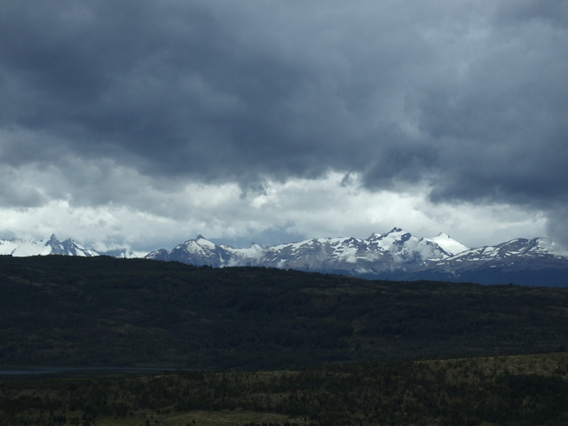 austral mountains 640x480