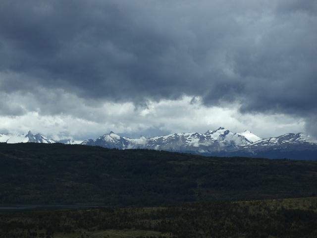 austral mountains 640x480