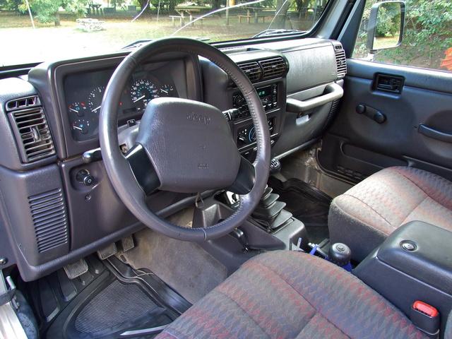 jeep interior 640x480