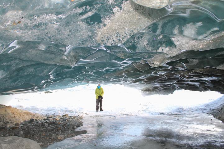mendenhall ice cave dan 720x480