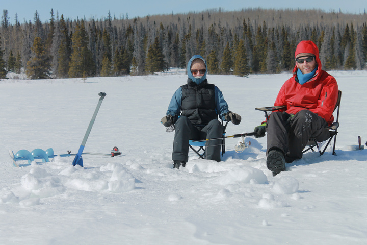 heather dan ice fishing 720x480