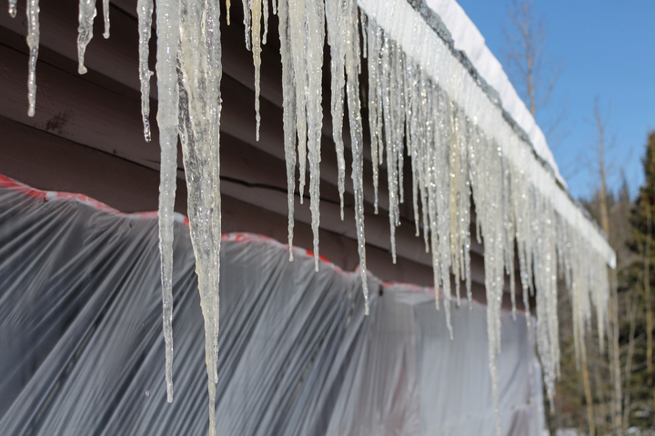 million dollar shelter icicles 720x480
