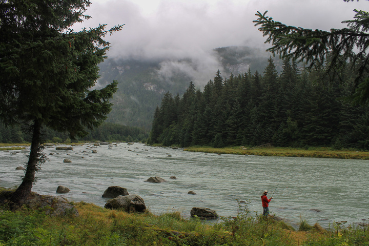 dan fishing chilkoot river 720x480