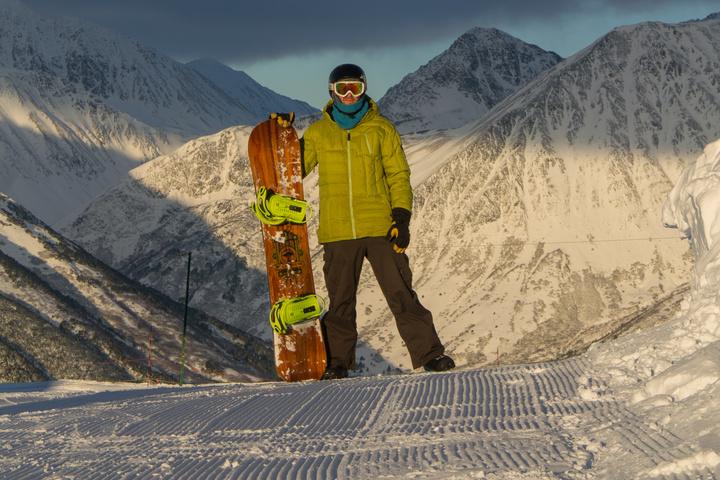 alyeska dan snowboard 720x480