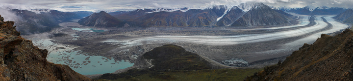 kaskawulsh glacier full panorama from observation mountina 720x166
