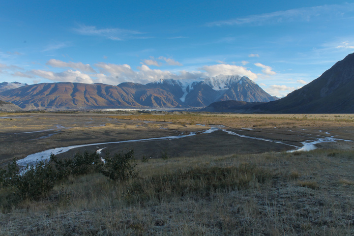 slims river west wide valley 720x480