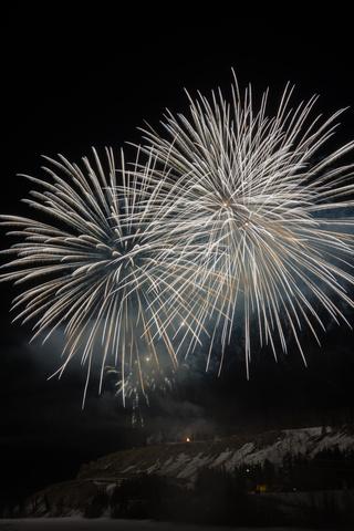 whitehorse fireworks 2 320x480