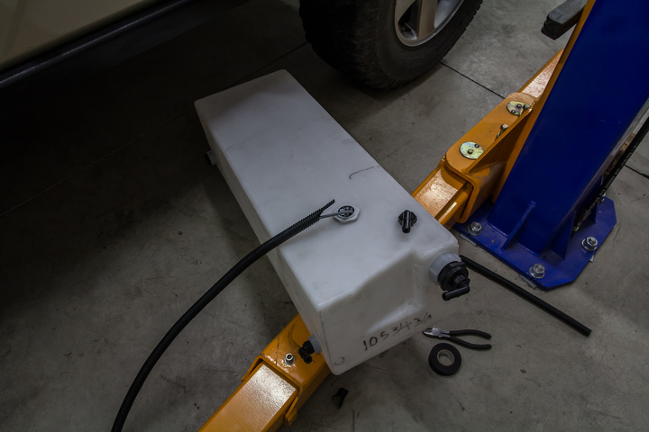 diy 4x4 water tank ready 720x480