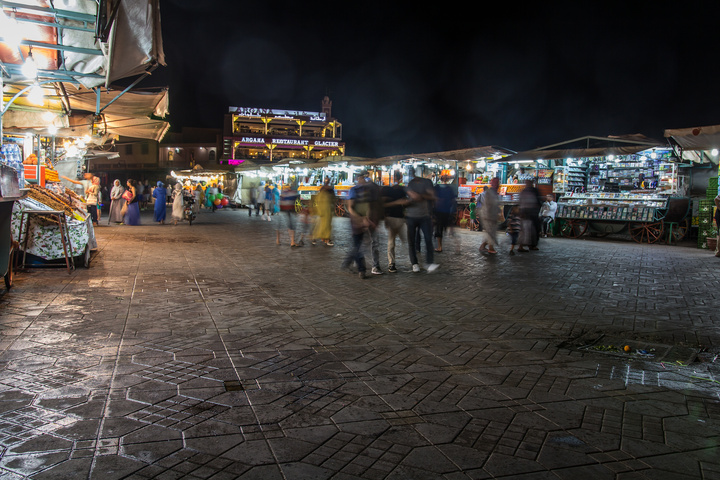 marrakech market night 720x480