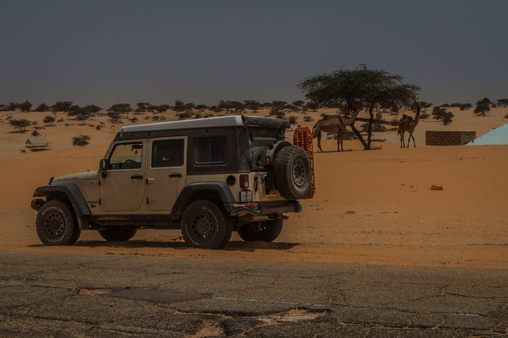 mauritania jeep side road 720x480
