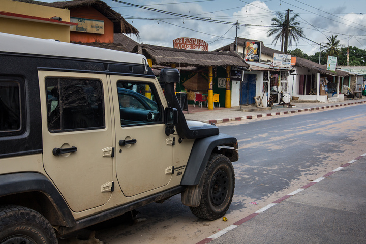 senegal casamance jeep on street 720x480