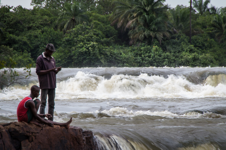 bissau fishing waterfall 720x480