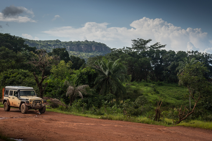 guinea mountains jeep 720x480