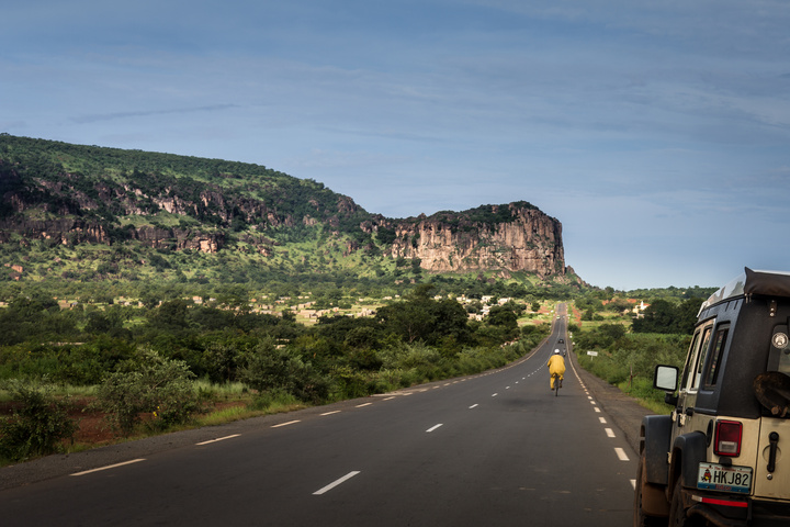 highway into mali 720x480