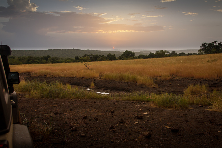jeep mali camping africa sunset 720x480