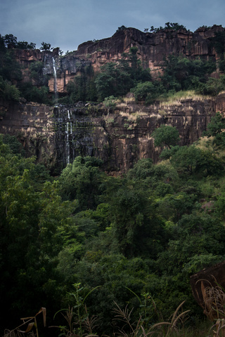 mali waterfall near 320x480